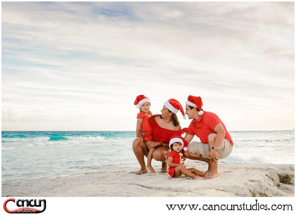 Holiday Beach Photos at Forum Beach Cancun