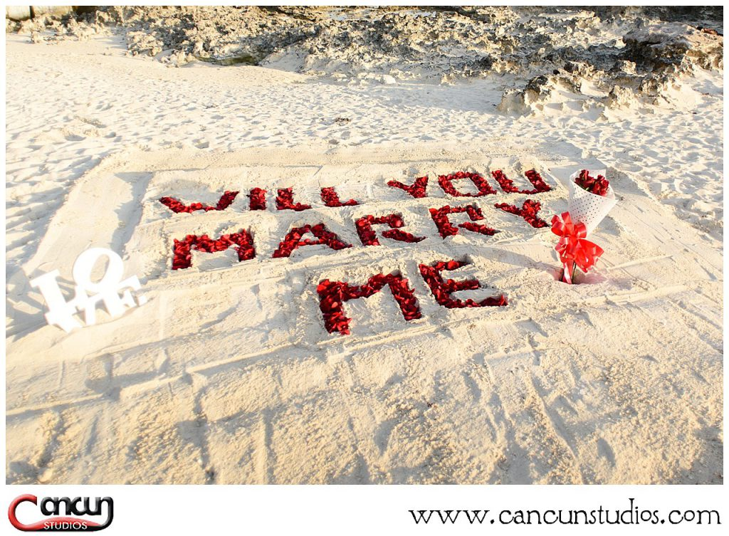 Cancun-Beach-Proposal