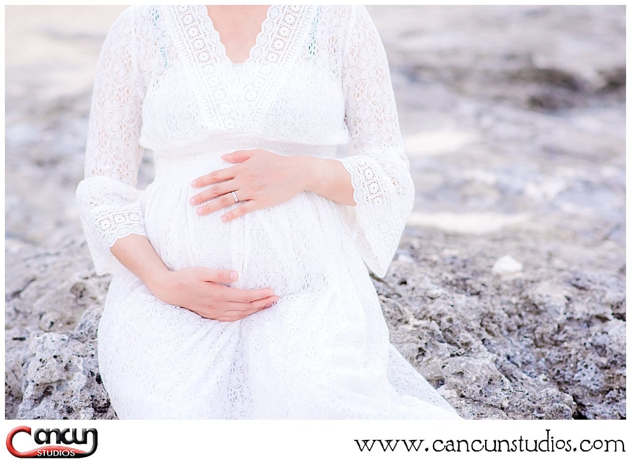 Cancun Babymoon Photo Session